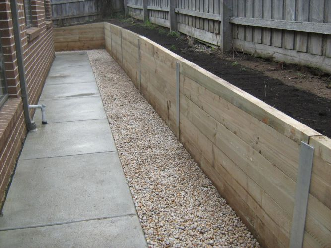 retaining walls kew